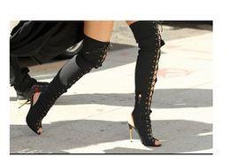Envío gratis Bombas de gamuza cuero 10.5cm Matel de tacón alto Peep toe con cordones sobre la rodilla botas largas Zapatos sandalias 35-42 desde fabricantes