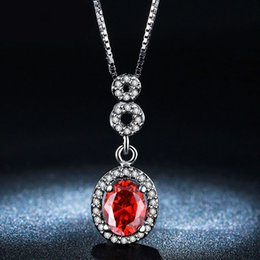 Wholesale Crystal Necklace Pendents - Oval Red Created Diamond Pendents Necklaces For Women Fashion Chain Necklaces Vintage Party Wedding Accessory Ruby Jewelry N011