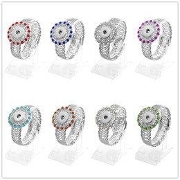 bling flowers wholesale Promo Codes - 2016 NEW 8 Colours Bling Crystal Flower Button bracelet DIY 18MM Trend Interchangeable Noosa Ginger Snap Buttons Chunks Open Styles SL6006