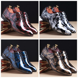 Wholesale Ribbon Lace Shoes - 2018 Luxury Fashion British Men's Glitter Print Flats Men Dress Shadow Patent PU Leather Derby Masculino Groom Business Wedding Oxford shoes