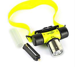 Underwater 2000 Lumen T6 LED Impermeabile 60 m Lampada da immersione per faro da immersione Lampada frontale per faro da lampada a led di immersione fornitori