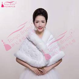 Wholesale elegant winter coats for women - Four Style Red White Winter Wraps bridal winter coat Faux Fur evening wraps for dresses women Elegant Shawl wraps
