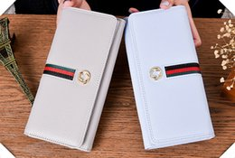 Wholesale Wallet Factory - In 2017, the sales of the new products of the new factory will be sold in European and American style