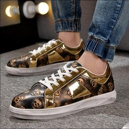 Wholesale Vintage B Sign - 2017 Spring Mens Luxury Brand Casual Shoes Lace-Up Low Top Skull Sign Flats Shoes Men Vintage Leisure Shoes Men Gold Blue Black