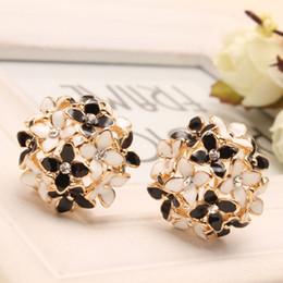 Wholesale Cloves Flower - Pink Blue Flower Four Leaf Stud Earrings Clove Designer New 2016 Spring pendientes Brincos for Womens E2041