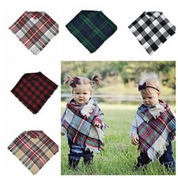 Wholesale Cape Poncho Shawl Kids - Kids Plaid Cloak Cape Poncho Photography Prop Baby Boy Girl Poncho Plaid Knitted Pashmina Shawl Poncho 5 color LJJK814