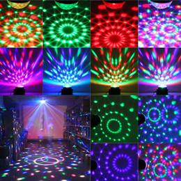 2019 dj disco machine Luces del disco estroboscópico de la bola del disco Luces del disco del disco de la fiesta del Karaoke Luces portátiles de la etapa de 3W Dj Light LED para la fiesta del club del Bar del festival dj disco machine baratos