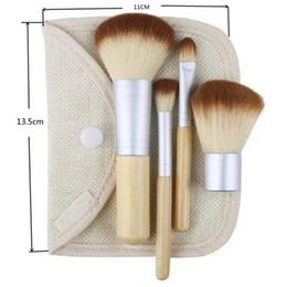 pennello cosmetico di trucco di bambù Sconti 1 set / 4 Pz Fondazione Professionale Make up Pennelli di Bambù Kabuki Pennello Trucco Cosmetico Set Kit Strumenti Ombretto Blush Brush qp