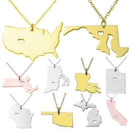 Wholesale Stainless Chain Usa - PrettyBaby 2016 Women Men Stainless Steel Jewelry usa map necklace usa state necklaces Pendant Hollow Heart necklace Gold Silver Rose Gold