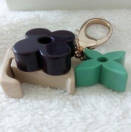 Wholesale Designer Handbags Keys - wholesale classic resin flower key rings designer fashion keychains bag charm handbag accesories for women