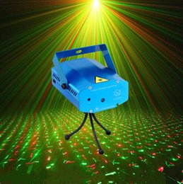 Wholesale Mini Luces - Wholesale-Tripods 150MW Mini red and green laser stage lights moving party DJ stage lighting Auto strobe for luces disco