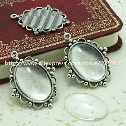 Wholesale Antique Cameo Glass - (10 set lot) Antique Silver Metal Alloy Cameo Flower 18*25mm Oval Pendant Cabochon Settings + Clear Glass Cabochons D003