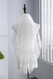 Wholesale Short Tier Wedding Veils - Women's 2 Tier Spark Bridal Pearl Wedding Veil With Comb New Lace Edge Short Bridal Veil Fashion Elbow Length Wedding Accessories