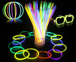 Wholesale Cheer Necklaces - Hot LED Glow Stick Bracelet Necklaces Neon Party Flashing Light Stick Wand Novelty Toy LED Vocal Concert Sticks LED Cheer Props