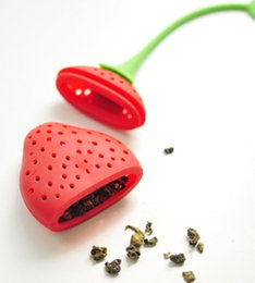 Wholesale Tea Infuser Red Silicone - New Silicone Cute Red Strawberry with leaf Tea Leaf Strainer Herbal Spice Tea Infuser Filter