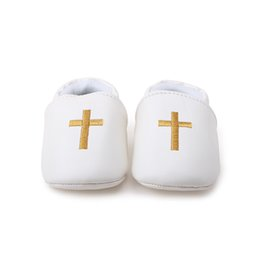 Wholesale Wholesale Baby Christening Shoes - Wholesale- Delebao New Design Christening Baby Shoes Pu Vamp For Newborn Baptism First Walkers The Church Cross Baby Christening Shoes
