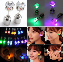 Wholesale led lighted earrings - Novelty LED Flashing Light Stainless Steel Rhinestone Crown Ear Stud Earrings Fashion Jewelry rave toys gift 9 Colors LED Earrings