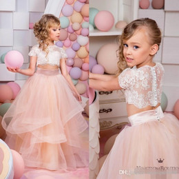 Wholesale Two Piece Flower Girl Dresses - 2017 Two Pieces Cheap Flower Girls Dresses For Weddings Party Short Sleeve Lace Kids Formal Wear Floor Length Vintage Little Girl's Gowns
