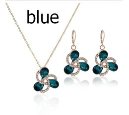 Wholesale Necklace White Flowers - Romatic beautiful design Austria stone unique flower pendant necklace earring sets for women factory wholesale red blue green white purple