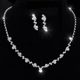Damigelle d'onore set di gioielli online-Set di gioielli africani da sposa in argento con damigella d'onore da sposa prwedding della collana di choker da tennis in cristallo tono argento marca 2016