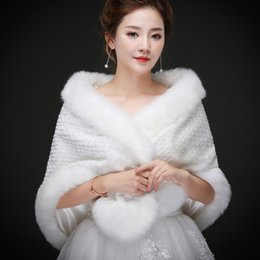 Wholesale White Real Fur Wrap - 2018 New Real sample Imitation Cloak Fur Wholesale Winter Bridal Fur Shawl white Brides Formal Accessories Faux Fur Wraps