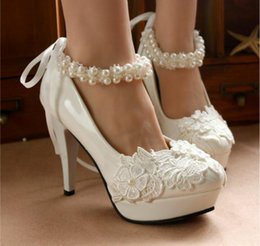 Wholesale Bride Maids Shoes - New With Wedding Shoe White lace flower dress shoes by hand with high heels pearl cingulate bride shoes waterproof table the maid of hono