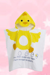 Wholesale Children Bathrobes Wholesale - 3 Pcs lot Wholesale Children Bathrobe Cotton Cartoon Animal Duck Cloak Baby Robe Hooded Towel Bath Towel Kids Beach Towel Sleepwear