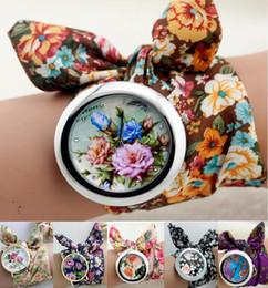 2019 flor relojes niña Nuevo diseño Geneva Ladies flower cloth reloj de pulsera de moda mujeres vestido de reloj reloj de tela de alta calidad sweet girls pulsera reloj rebajas flor relojes niña