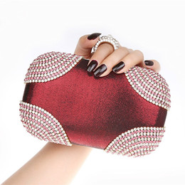 Wholesale Silver Prom Handbags Clutches - European Style Exquisite Rhinestone Finger Ring Clutch Purse Velour Evening Bag Sparkling Evening Purses Handbags Wedding Party Prom Bags