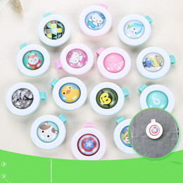 Wholesale Cute Buttons Wholesale - New Mosquito Repellent Badge Button Buckle Cartoon Cute Anti-Mosquito Insect Bug Repellent Clip Buckle for Baby Mosquito Repellent Button