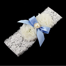 Wholesale Ivory Lace Garter Wholesale - Wholesale Sexy Lace Wedding leg Garter Toss Garter Ivory Stretch Lace with Blue Bow White Flowers Wedding Garters Bridal