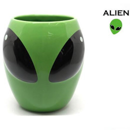 Wholesale People Dreams - Magical Alien Cup Cool interstellar People Ceramic Cup UFO Personalized Mug Dream Cup Drinkware CCA7548 36pcs