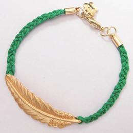 2019 fascino di foglia di acero all'ingrosso 2016 più nuovo oro foglia d'acero metallo moneta braccialetti di fascino colorato braccialetto corda intrecciata per i monili delle donne all'ingrosso accessori Fanasty della lega sconti fascino di foglia di acero all'ingrosso