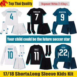 Wholesale Kids Football Uniforms Set - 17 18 Real Madrid Kids Soccer Sets 2017 2018 RONALDO Kids Kit BENZEMA Children Long Sleeve Football Uniform BALE Enfants SERGIO RAMOS Ninos