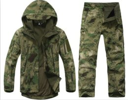 Wholesale Tad V Coats - Wholesale-TAD V 4.0 Men Outdoor Hunting Camping Waterproof Windproof Coats Jacket Hoody TAD softshell Jacket+Pants Suit