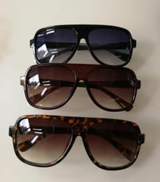 Argentina 1pcs gafas de sol de marca de alta calidad Gafas de diseñador Gafas de sol para mujer negro pulido gafas de sol vienen con caja de caja cheap polish case Suministro