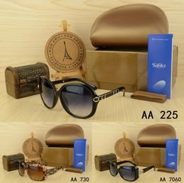 Wholesale Free Aviator Sunglasses - 2018 Free shipping Best brand fashion designer sunglasses summer Outdoor sport glasses men women with original box case Pilot aviator UV400