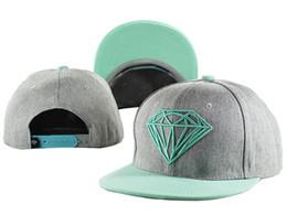 Erwachsene Dimoand Baseball Hut Trend Krempe Knochen Bboy 2016 Plain Blank 5 Panel Gorras Snapback Diamant-Kappen für Männer und Frauen Hip-Hop-Kappe rot grau von Fabrikanten