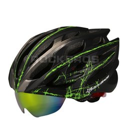 Wholesale Material Eps - Wholesale-15 Colors!RockBros Bicycle Caps Cycling Helmet Material Ultralight 300g MTB Mountain Road Bike Helmet 32 Air Vents With 3 Lenses