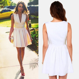 Wholesale Cheap Plunge Dresses - Charming White Party Dresses For Women A-Line Plunging Neck Short Prom Gowns Satin Pleated Cheap Homecoming Dress