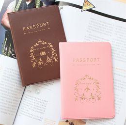 cubierta de la tarjeta de identificación de pvc Rebajas Pasaporte Pasaporte ID ID Holder Documento HoldeR Tarjeta de Crédito Cubierta de Viaje Protector de viaje accesorios de viaje caso pasaporte 6 Colores 4096