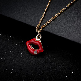 Wholesale Lips Necklace Wholesale - Hot Sale Wholesale Coat Chain Red Lip Charm Pendant Necklaces Romantic Luxury Brand New Fashion Popular Jewelry Free Shipping