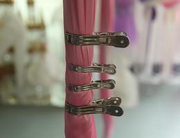 свадебные занавес клипы домашнего использования клип свадебный фон клип стали climp для свадебные украшения клипы WT028 от Поставщики жаккардовые носки