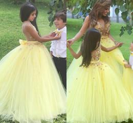 2016 Cute Yellow Flower Girls Vestidos Para Bodas Jewel Neck 3d Floral Flowers Open Back Party Birthday Dress Niños Niña Vestidos De Desfile