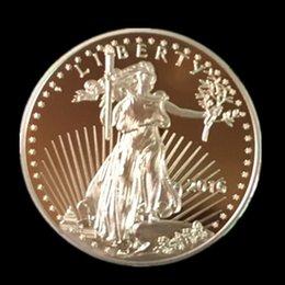 5 pièces / lot, non magnétique L'American Eagle In God fait confiance à la pièce souvenir Liberty plaquée or véritable 2016 de Freedom, ? partir de fabricateur