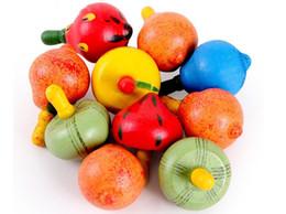 2019 beyblade atacado Brinquedos educativos para as crianças. Grandes brinquedos giroscópios de fruta de madeira. Rotação de brinquedo de madeira colorida