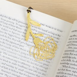 Wholesale Gold Carnation - Wholesale 200 Pieces Metal Gold Carnations Bookmarks Wedding Favor Gift Birthday Party Favors