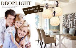 Modernos parafusos on-line-Restaurante de vidro moderno simples da lâmpada do candelabro. Três luzes da sala de jantar, lustres esféricos brancos art iluminação E27 tampas de parafuso