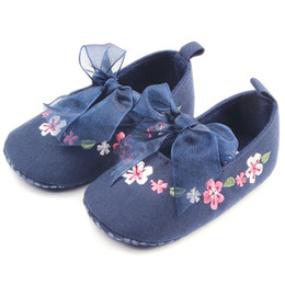 Wholesale Sweet Mary Janes - Wholesale- Sweet Very Light Baby Girl Princess Mary Janes Flower Lace Bow Prewalker Shoes Crib Babe Soft Bottom Footwear