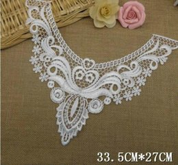 Wholesale Wholesale Embroidery Wedding Lace Fabric - White Venise Embroidery Fabric big flower lace neckline fabric DIY lace collar fabric Water-solubl for patchwork sewing wedding dress LC-01